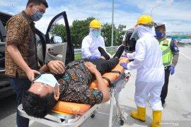 PT Hutama Karya simulasi penanganan cegah COVID-19 bagi pengguna jalan Tol