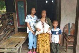 Baznas pusat bantu warga Lebak  3.000 paket beras terkait COVID-19