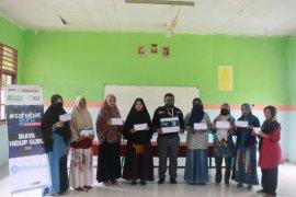 ACT - MRI Maluku bantu biaya hidup guru honorer di Kota Ambon