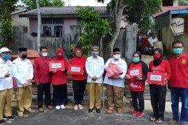 Yayasan Jantung Kaltim bagikan 200 paket sembako