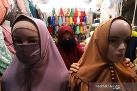 Penjualan Busana Muslim Saat Ramadhan