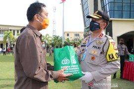 Mayday, serikat buruh di Bengkulu dapat paket sembako dari polisi