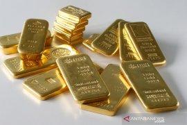Emas naik tipis ditopang pelemahan dolar dan ketidakpastian pemilu AS