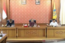 Gubernur Bali minta Pangdam-Kapolda awasi isolasi Desa Abuan