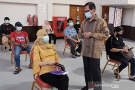 Embassy facilitates return of 98 migrant workers from Brunei