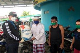 Untuk warga terdampak banjir, Pemkab Barito Utara salurkan beras