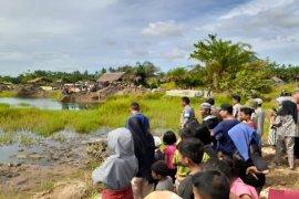 Remaja tewas tenggelam di kolam bekas galian batu bata di Secanggang Langkat