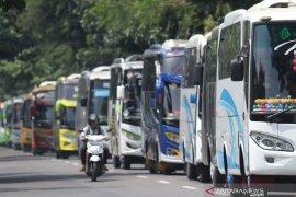 Aksi Simpatik Pengusaha Bus Pariwisata