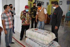 Bupati Cirebon Imron minta pengusaha bantu masyarakat terdampak COVID-19