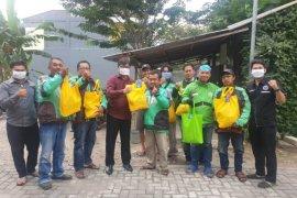 BPJAMSOSTEK Madiun bagikan bantuan pangan kepada warga terdampak COVID-19