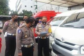 Polda Metro Jaya panggil pemilik travel yang kepergok angkut pemudik