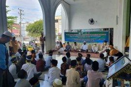 BKM masjid Lhoksukon khitan massal seratusan anak yatim