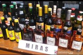 Polres Garut tangkap pengedar minuman keras jalanan