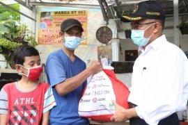 Menko PMK jabarkan tiga masalah penyaluran bantuan sosial