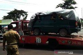 Tertangkap basah, pemudik diangkut truk towing terpaksa putar balik