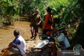 Kakek usia 100 tahun hilang di hutan tim Basarnas Kendari lakukan pencarian