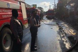 Kebakaran  warung makan di Kuta Utara timbulkan kerugian ratusan juta