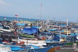 Nelayan NTT tetap melaut di tengah pandemi COVID-19
