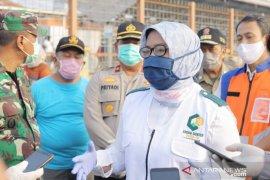 Bupati Bogor minta KAI perketat pembatasan penumpang KRL
