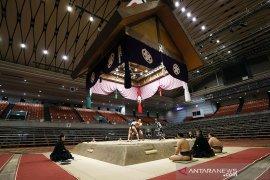 Seorang pegulat sumo Jepang meninggal akibat corona