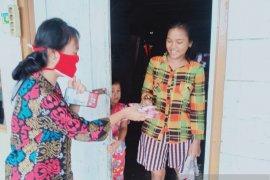 Pemuda Kristen Mukomuko bagikan ribuan masker gratis