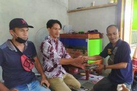 Tagana Kapuas Hulu bantu masker ke Desa Suka Maju