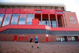 Liga Premier Inggris bingung tentukan 'restart'