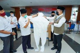 Pemkab Banyuwangi salurkan APD tenaga medis