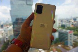 Samsung tetap pimpin pasar smartphone di tengah pandemi corona