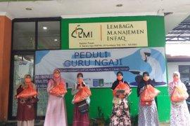 LMI-YMI ITS salurkan 1.000 paket sembako untuk guru ngaji