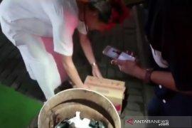 Polisi tetapkan rekan youtuber Ferdian Paleka tersangka kasus bantuan sampah