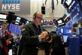 Wall Street dibuka lebih rendah terseret saham penerbangan yang tergelincir