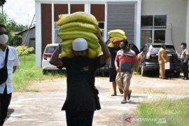 Pemkab Kubu Raya siapkan cadangan beras warga terdampak pandemi COVID-19