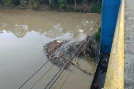 Cegah banjir, warga Lebak diminta tidak buang sampah ke sungai