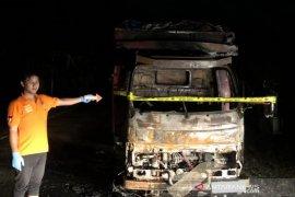 Seorang remaja dilaporkan bakar truk pengangkut sawit di Aceh Timur