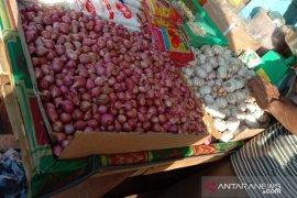 Harga bawang merah di pasar tradisional Kota Ambon naik