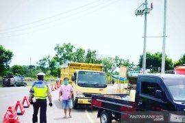 Mudik ke Bengkulu, satu keluarga dari Lampung dipaksa putar arah