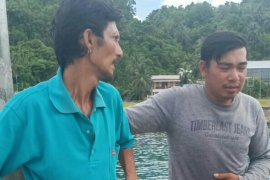 Dua nelayan Nias Barat yang hilang  ditemukan selamat