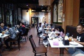 Restoran perketat aturan jaga jarak pengunjung