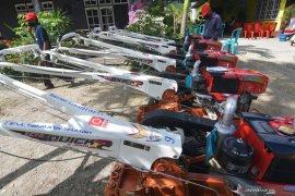 Mentan bantah ada perintah ke parpol bagikan traktor di Kebumen