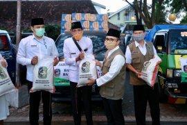 Pemkab Banyuwangi mulai distribusikan 21.700 paket sembako