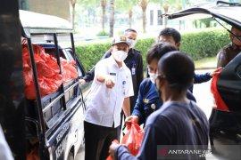 Pemkot-Baznas Tangerang salurkan 5.000 paket sembako bagi guru ngaji