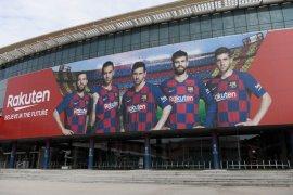 Pandemi paksa Barcelona kurangi staf pencari bakat
