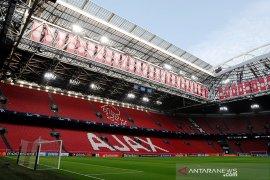 Pemain Ajax Lisandro Magallan segera gabung Crotone