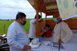 Mukomuko distribusikan APD untuk posko penanggulangan COVID-19