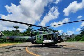 Kodam XII/Tpr distribusikan bantuan beras gunakan helikopter ke daerah sulit dijangkau