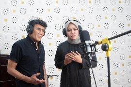 "Rhoma Irama dan Anisa eks Sabyan kolaborasi di  lagu ""Virus Corona"""