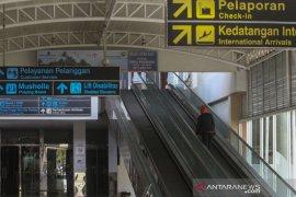 H-2, Jumlah penumpang di Bandara Pekanbaru landai