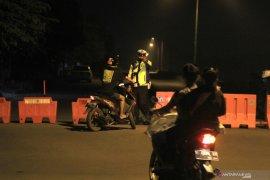 Polisi paksa 234 kendaraan yang mudik ke Bengkulu putar balik