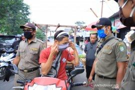 ASN Pemkot Tangerang ikut pantau penerapan PSBB di sejumlah pasar